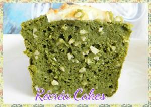 cake aux épinards , amandes hachées , chèvre