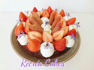 Tarte fraises , rhubarbe et chantilly mascarpone